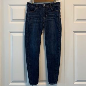 Hi-Rise American Eagle Dark Wash Jegging Size 4